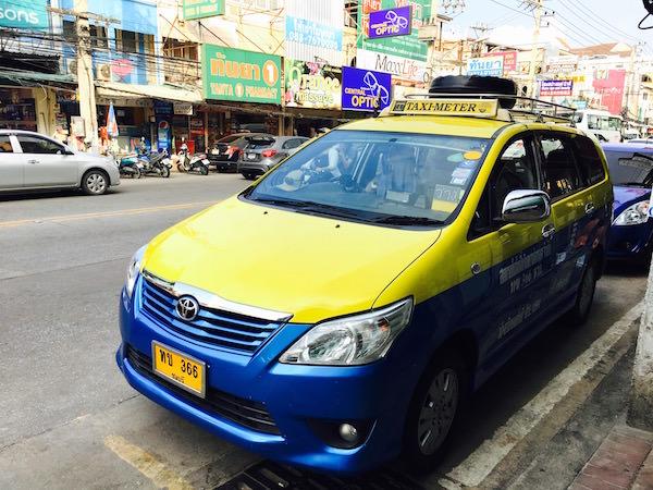 パタヤのメータータクシー