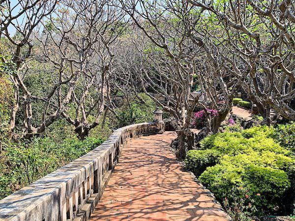 プラナコーンキリ国立歴史公園の中庭
