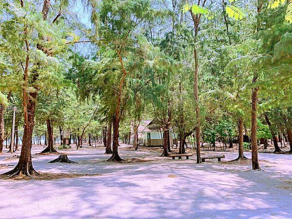 プラヤーナコーン洞窟の麓