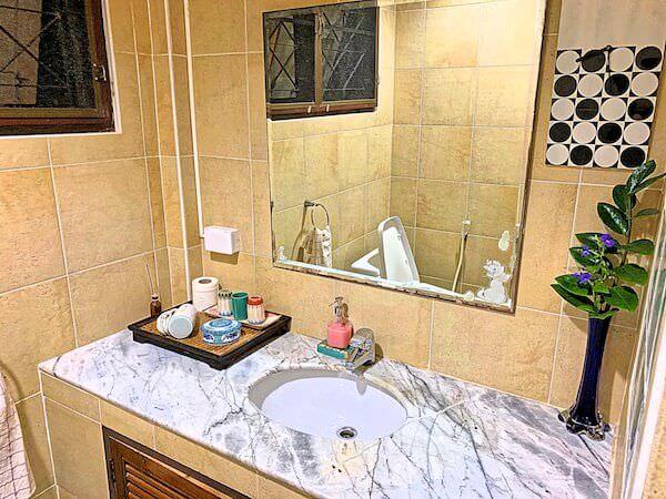 プタール レジデンス(Phuttal Residence)のシャワールーム2