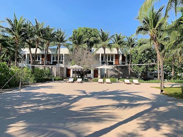 プタラクサ ホアヒン リゾート(Putahracsa Hua Hin Resort)のビーチバレーエリア