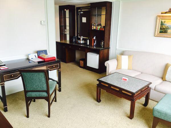 ラマダ プラザ バンコク メナム リバーサイド (Ramada Plaza Bangkok Menam Riverside)の客室2