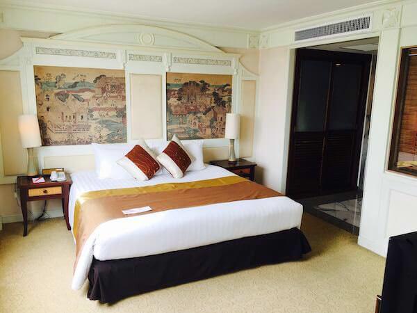 ラマダ プラザ バンコク メナム リバーサイド (Ramada Plaza Bangkok Menam Riverside)のベッドルーム1
