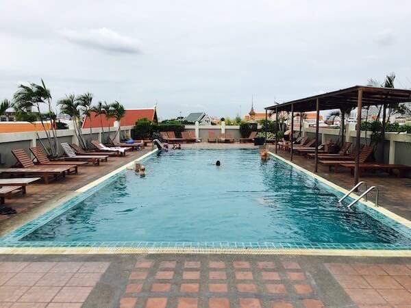 ランブットリー ヴィレッジ ホテル(Rambuttri Village Hotel)のプール