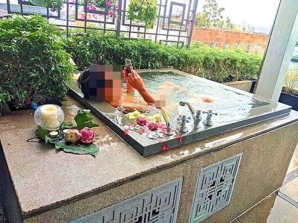 リヴァ アルン バンコク (Riva Arun Bangkok)での朝風呂