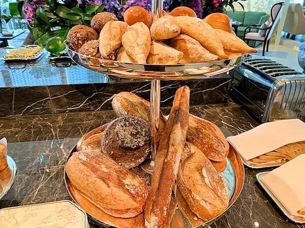ローズウッド バンコク(Rosewood Bangkok)の朝食ビュッフェ2