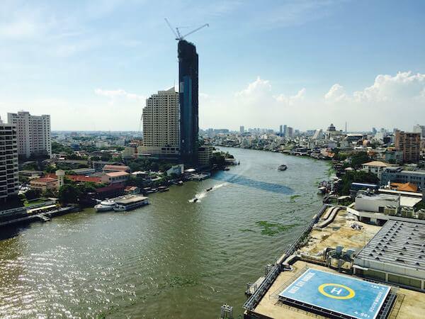 ロイヤル オーキッド シェラトン ホテル & タワーズ(Royal Orchid Sheraton Hotel & Towers)の客室から見える景色