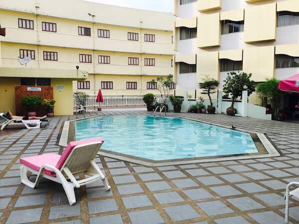 ロイヤル ラッタナコシン ホテル(Royal Rattanakosin Hotel)のプール