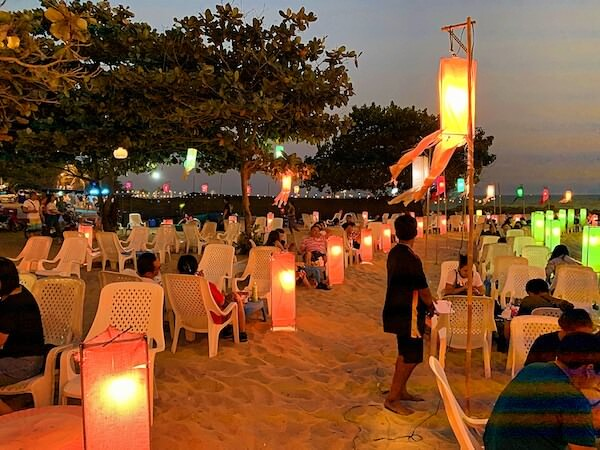 夕方のセンチャンビーチ