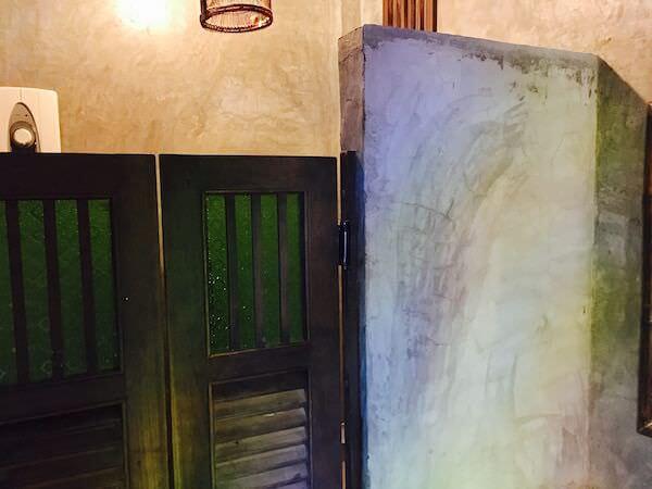 サイトン ゲスト ハウスのシャワールーム2