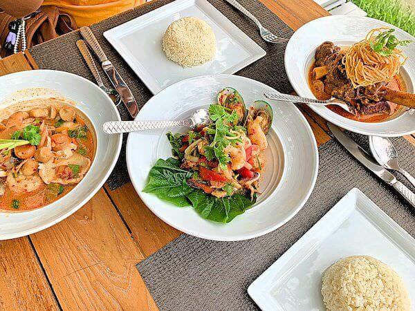 サラ アユタヤ(sala ayutthaya)のリバーサイドレストランで食べた料理1