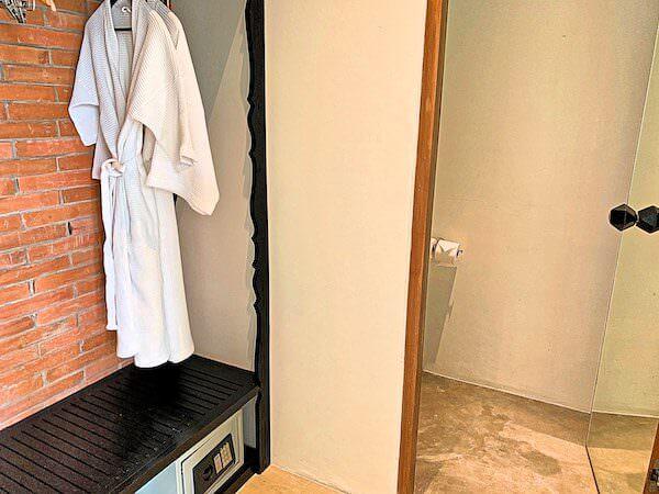 サラ アユタヤ(sala ayutthaya)2階のバスルーム2
