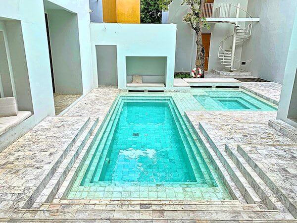 サラ アユタヤ(sala ayutthaya)のプール2