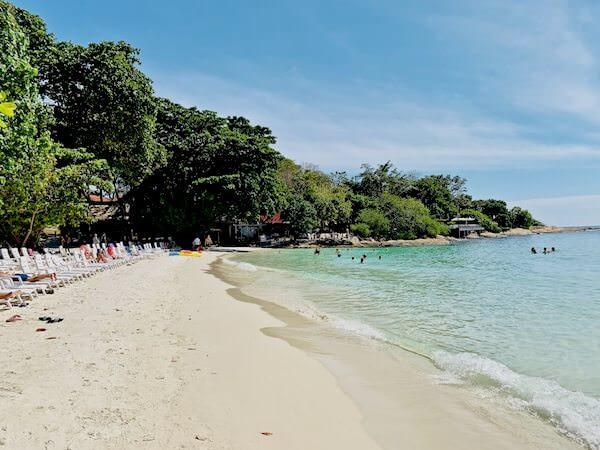 サメット カバナ リゾート (Samed Cabana Resort)のプライベートビーチ