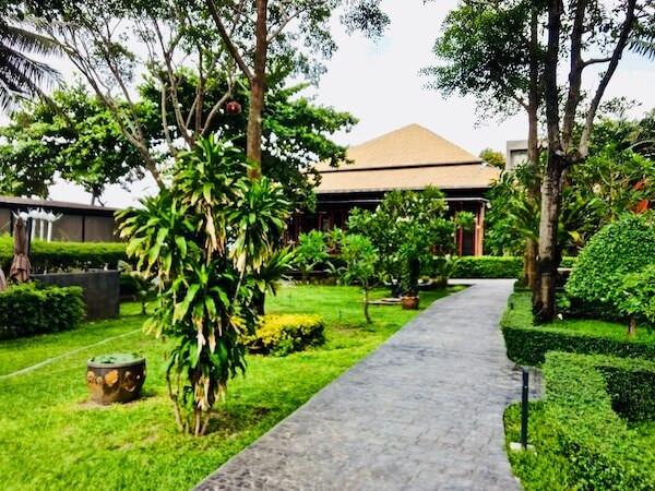 サメッド グランドビュー リゾート(Samed Grandview Resort)の中庭