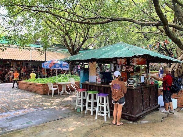 サムプランエレファントグランドアンドズー(サムプラン象園)のコーヒーショップ