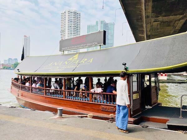 アヴァニ リバーサイド バンコク ホテル(Avani Riverside Bangkok Hotel)の無料シャトルボート