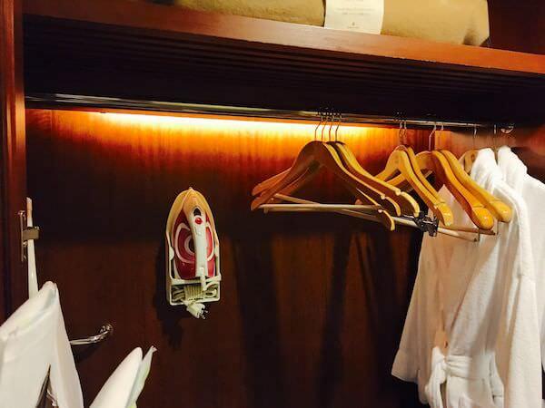 シャングリラ ホテル バンコク (Shangri-La Hotel, Bangkok)のクローゼット