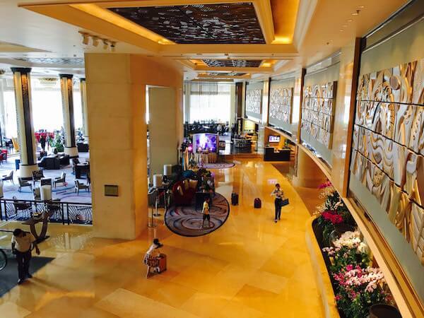 シャングリラ ホテル バンコク (Shangri-La Hotel, Bangkok)のロビー2