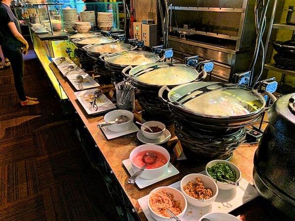 サイアム アット サイアム デザイン ホテル バンコク(Siam @ Siam Design Hotel Bangkok)の朝食ビュッフェ