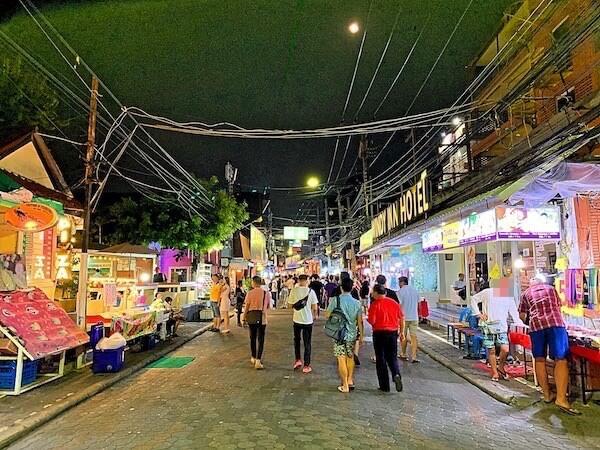 サイアムベイショアリゾートパタヤ(Siam Bayshore Resort Pattaya)目の前の通り