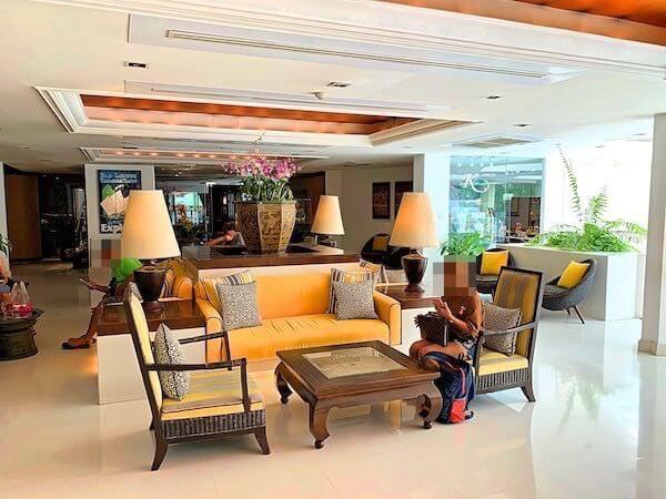 サイアムベイショアリゾートパタヤ(Siam Bayshore Resort Pattaya)のエントランスロビー