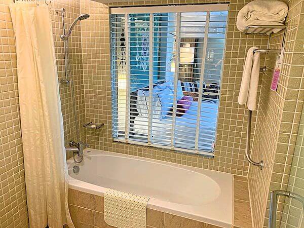サイアムベイショアリゾートパタヤ(Siam Bayshore Resort Pattaya)の客室バスルーム2