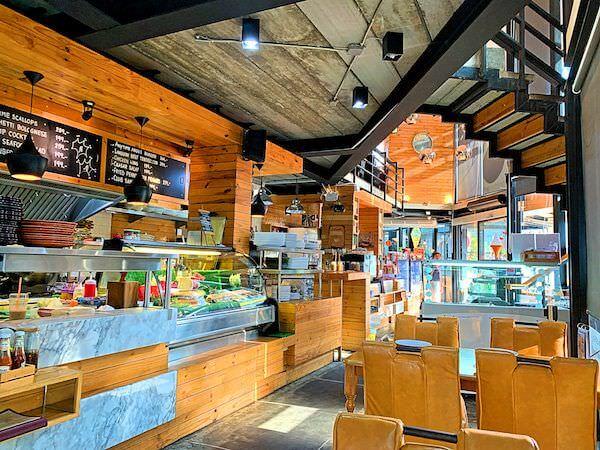 サイアムベイショアリゾートパタヤ(Siam Bayshore Resort Pattaya)近くにあるカフェレストラン