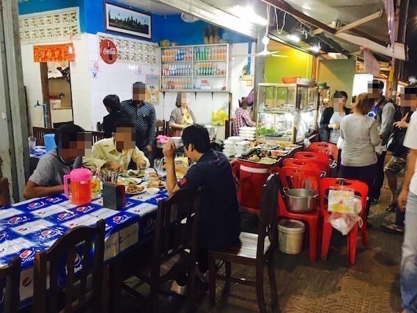 オールドマーケット近くの食堂