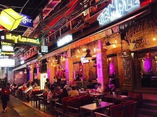 パブストリートのTEMPLEレストラン
