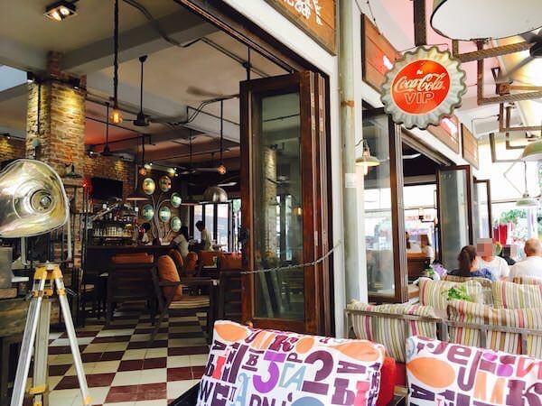 シェムリアップの観光客向けレストラン