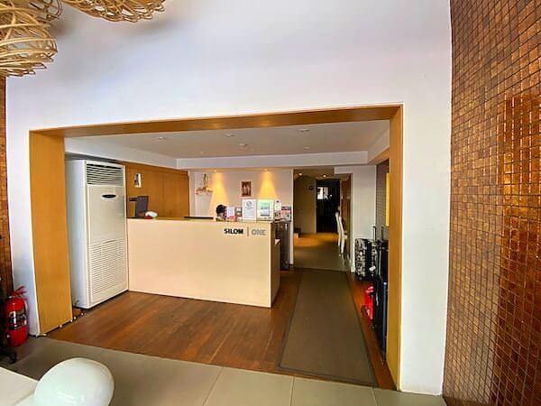 シーロム ワン ホテル(Silom One Hotel)のレセプション