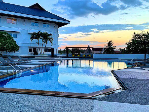 シマタニ ホテル(Sima Thani Hotel)のプール
