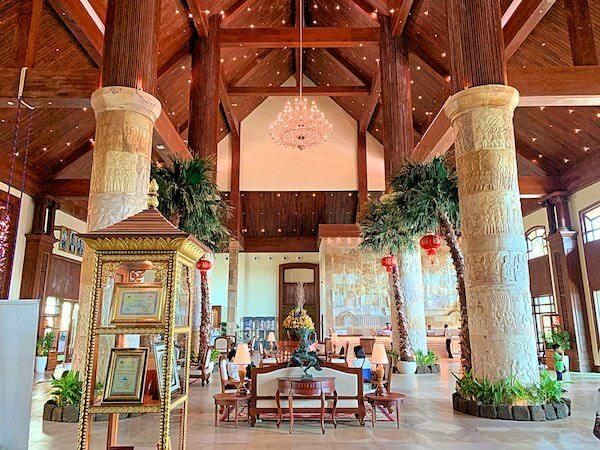 ソカ シェムリアップ リゾート アンド コンベンション センター (Sokha Siem Reap Resort and Convention Center)のチェックインロビー