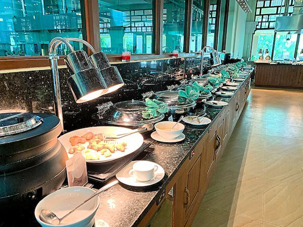 ソカ シェムリアップ リゾート アンド コンベンション センター (Sokha Siem Reap Resort and Convention Center)の朝食ビュッフェ1