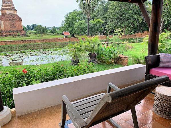 スリウィライ スコータイ(Sriwilai Sukhothai)の客室から見える遺跡