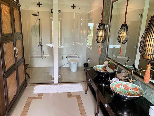 スリウィライ スコータイ(Sriwilai Sukhothai)スイートルーム客室のバスルーム1