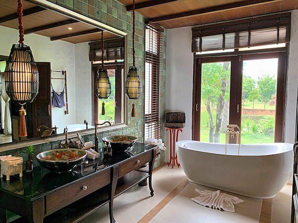 スリウィライ スコータイ(Sriwilai Sukhothai)スイートルーム客室のバスルーム2