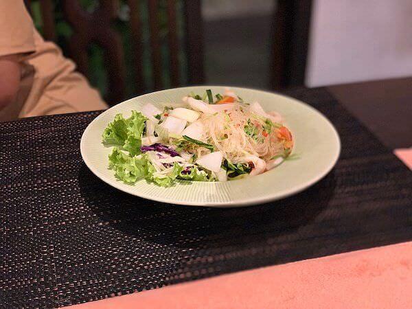 スリウィライ スコータイ(Sriwilai Sukhothai)のレストランで食べたタイ料理