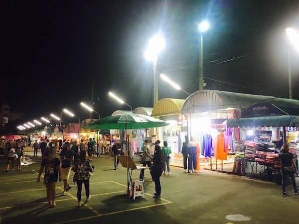 スワンナプームナイトマーケット1