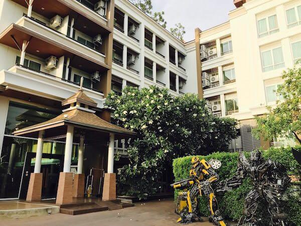 スワンナプーム スイート(Suvarnabhumi Suite)の外観