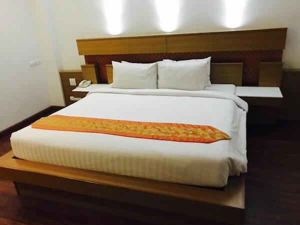 スワンナプーム スイート(Suvarnabhumi Suite)のベッド