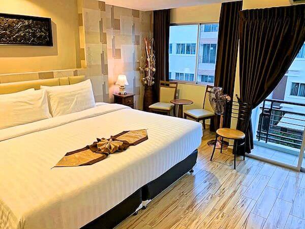 スワンナプーム ヴィル エアポート ホテル(Suvarnabhumi Ville Airport Hotel)の客室1