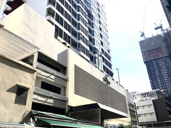 タイパンホテルの外観