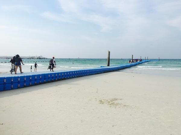 タワエンビーチのスピードボート乗り場1