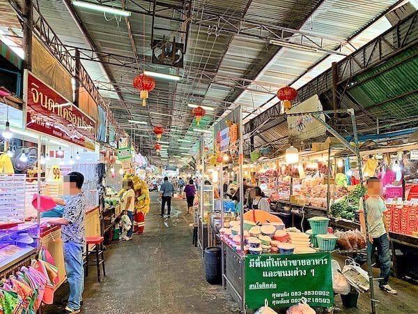 タイのバンコクにあるローカルな市場