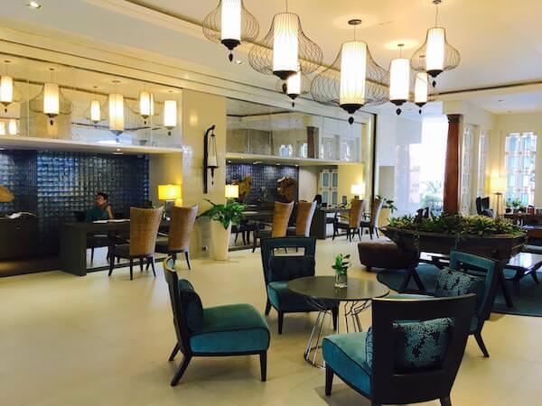 ザ ベイビュー ホテル パタヤ(The Bayview Hotel Pattaya)のフロント