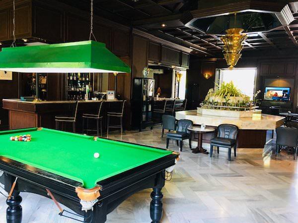 ザ ベイビュー ホテル パタヤ(The Bayview Hotel Pattaya)のレストランバー