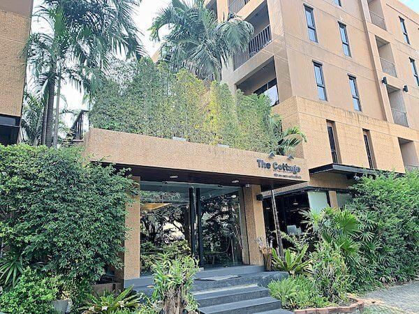 ザ コテージ スワンナプーム ホテル(The Cottage Suvarnabhumi Hotel)の外観