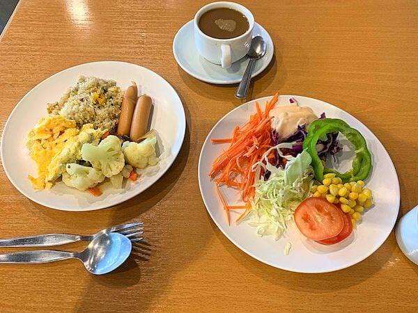 ザ コテージ スワンナプーム ホテル(The Cottage Suvarnabhumi Hotel)の朝食